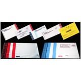 Envelope com adesivo para correspondência interna