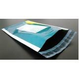 Envelopes plásticos com abas adesiva